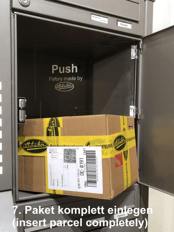 """Parcel-Box Paketbriefkasten Paketkasten - Briefkasten Kombination """"pafory"""" Schritt 7: Paket komplett einlegen"""